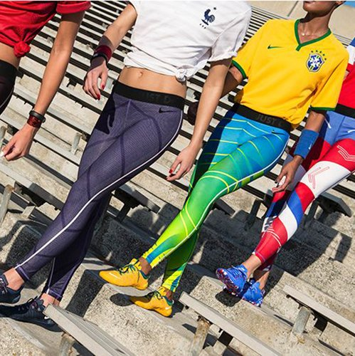 Limited edition tights in voetbal kleuren